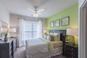 Greensboro, NC Executive Apartments