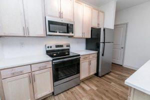 1701-North-Apartment-Blonde-Jordan-Kitchen