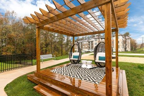 1701 North Apartment Outdoor Cabana