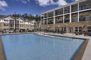 Burlington North Carolina Corporate Housing Retreat at the Park Pool
