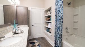 Sawmill Point bathroom