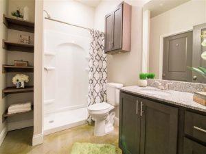 Bathroom-Comet-Greensboro-Apartments