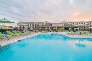 Comet-Greensboro-swimming-pool